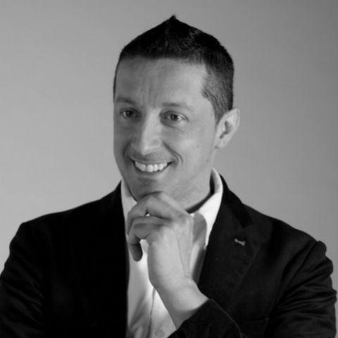 https://digitalmeet.it/wp-content/uploads/2016/03/Giancarlo-Orsini-_-Training-Learning-Manager-di-Banca-Mediolanum.jpg